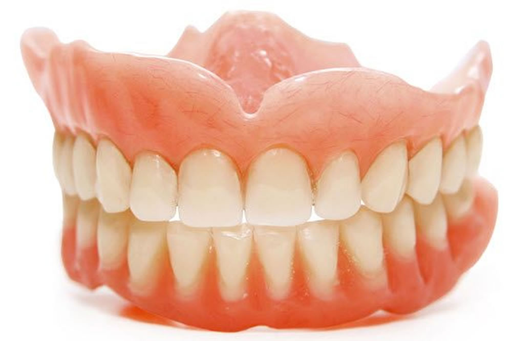 入れ歯の調整・修理