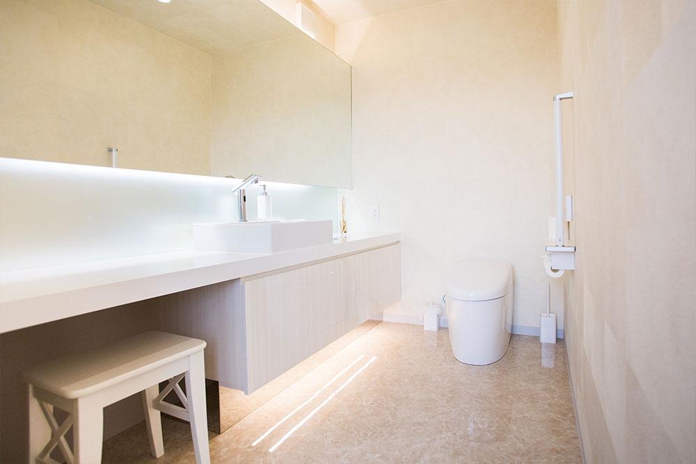 ベビーカー対応のトイレ